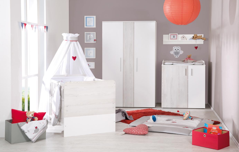 Roba Zimmer Alenja: Bett + Wickelkkommode + Ansatz + Schrank 2-T ...