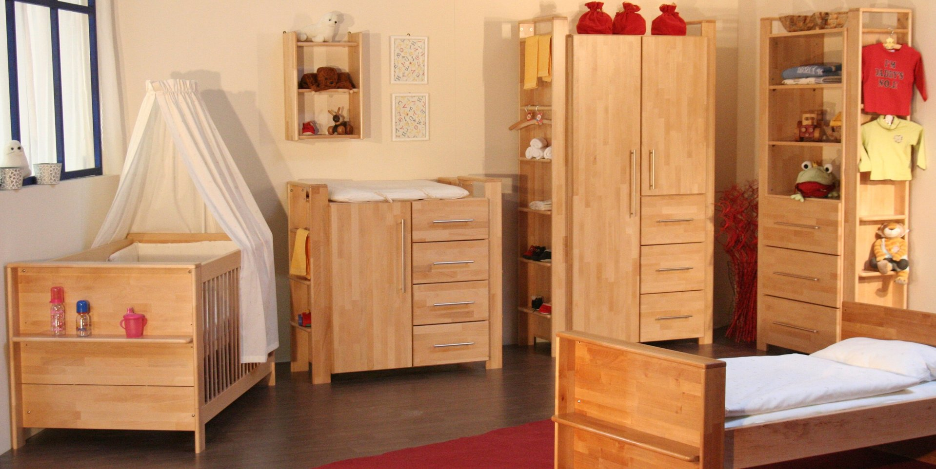 taube gustav kinderzimmer buche massiv frei haus precogs. Black Bedroom Furniture Sets. Home Design Ideas