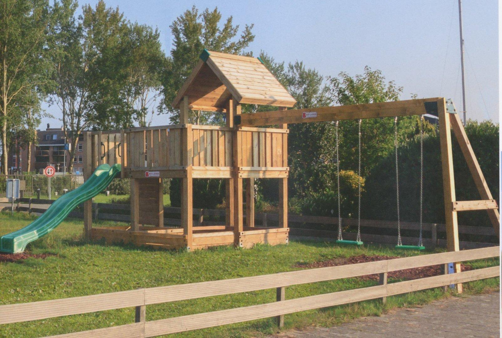 Sehr Hy-Land Spielturm: 2 Plattformen, Dach, Leiter, Sandkasten CD93