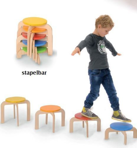 Bätz 5 Hocker stapelbar Hockertreppe + 1 kg HARIBO