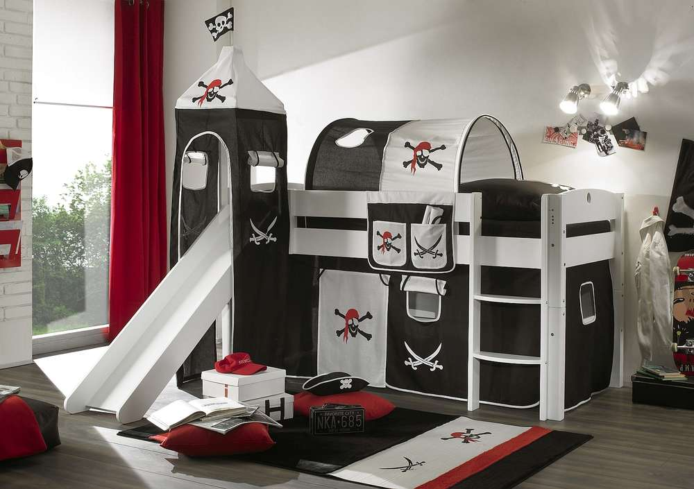 Piraten vorhang latest piraten vorhang with piraten for Jugendzimmer ausziehbett
